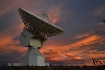 Nell'immagine la New Norcia Station, l'antenna da 35 metri utilizzata dall'ESA per la comunicazione con le sonde che si trovano nello spazio profondo. La fotografia è stata scattata l'11 novembre 2014. Crediti: ESA