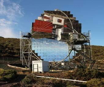 Uno dei telescopi di tipo Cherenkov della collaborazione Magic alle Canarie. Crediti: INAF