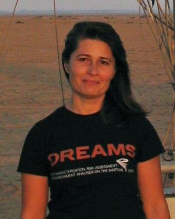 Francesca Esposito, 43 anni di Napoli, lavora presso l'Osservatorio Astronomico INAF di Capodimonte. Principal Investigator di DREAMS, strumento in partenza verso il pianeta rosso a bordo della sonda ESA ExoMars