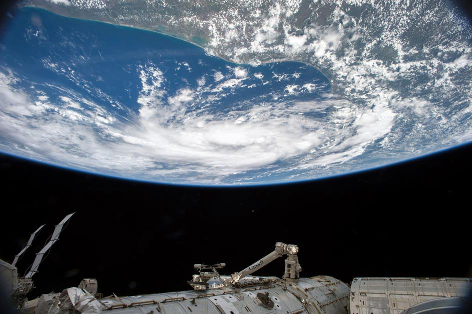 L'uragano Bill sul Golfo del Messico, mentre si avvicina verso la costa del Texas. Crediti: Scott Kelly/NASA
