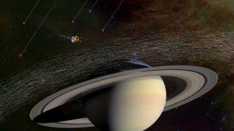 Tra i milioni di particelle di polvere analizzati da Cassini attorno a Saturno, trentasei provengono dall'esterno del nostro Sistema solare. Crediti: NASA/JPL-Caltech