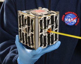 PhoneSat 2.5, un CubeSat realizzato presso lAmes Research Center della NASA. Crediti: NASA Ames