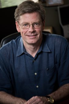 Christopher Johns-Krull, astronomo presso la Rice University. Crediti: Jeff Fitlow/Rice University