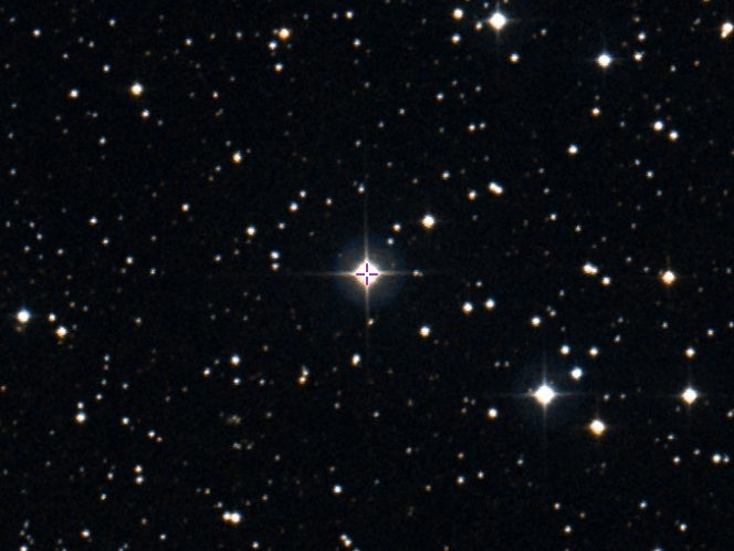La stella BD+44°493 (α=02h 26m 49.74s, δ=+44° 57′ 46.52″ J2000.0) is the brightest known second-generation star in the sky and lies in eastern Andromeda. Image credit: Aladin Sky Atlas; Digitised Sky Survey — STScI/NASA, Coloured & Healpixed by CDS.
