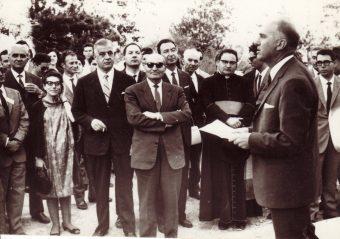 M. G. Fracastoro tiene il suo discorso per l'inaugurazione della sede di Serra La Nave il 28 giugno del 1966