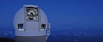 La cupola che ospita il telescopio Pan-STARSS 1. Crediti: Institute for Astronomy, University of Hawaii