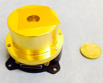 """Il sensore CAM (Contamination Assessment Microbalance), progettato presso l'INAF IAPS di Roma, vincitore del """"Premio Innovazione"""" WIRE16"""