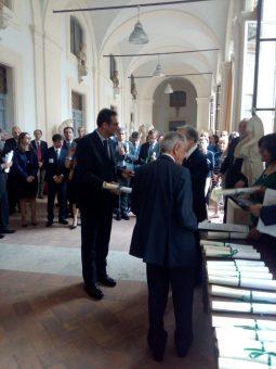 """Il conferimento del Premio """"Prof. Luigi Tartufari"""" per l'Astronomia ad Andrea Cimatti."""