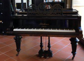 piano-einstein-front