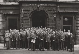The_Royal_Society_1952_London_no_annotation