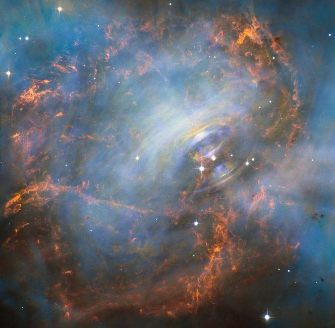 Il cuore della nebulosa del Granchio ripreso dal telescopio spaziale Hubble. Crediti: NASA ed ESA, J. Hester (ASU) e M. Weisskopf (NASA/MSFC)