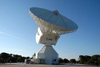L'antenna da 35 metri di diametro localizzata vicino Avila, in Spagna, che fa parte della rete ESTRACK dell'ESA. Crediti: ESA