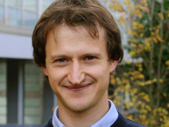 Mario Agio (CNR-INO. LENS, QSTAR e University of Siegen)