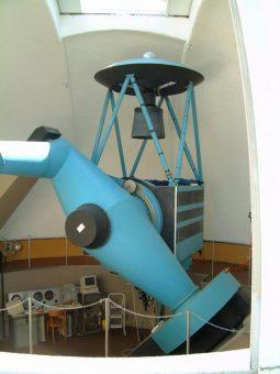 Il telescopio da 1.5 metri di Loiano, utilizzato per la campagna di osservazione di Gaia16aye