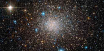 l'ammasso stellare Terzan 5 ripreso dal telescopio spaziale Hubble. Crediti: ESO/ESA/NASA/F. Ferraro