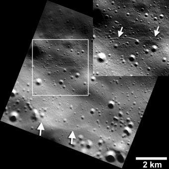 Piccole scarpate di linea di faglia individuate su Mercurio, di solo poche decine di metri di larghezza. Crediti: NASA/JHUAPL/Carnegie Institution of Washington/Smithsonian Institution
