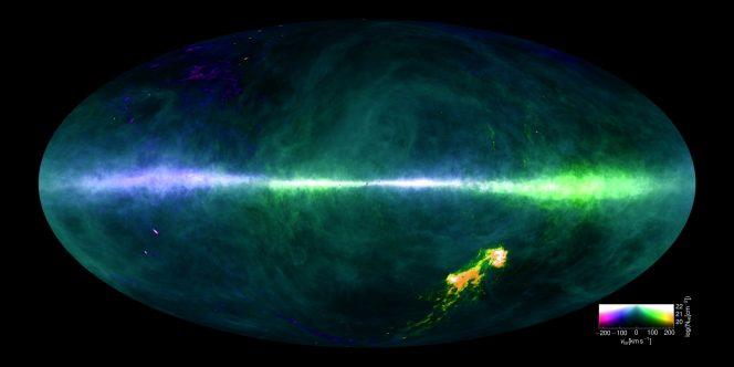 Questa mappa di HI4PI è stata prodotta utilizzando i dati raccolti dal radiotelescopio del Max-Planck a Effelsberg (Germania) e dal radiotelescopio di CSIRO a Parkes (Australia). Crediti: Benjamin Winkel e la collaborazione HI4PI