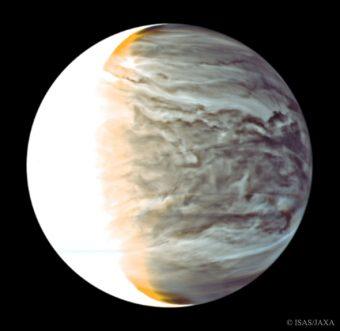 Immagine a falsi colori di Venere realizzata il 25 Marzo 2016, combinando i dati catturati a due diverse lunghezze d'onda nell'IR. Crediti: Jaxa