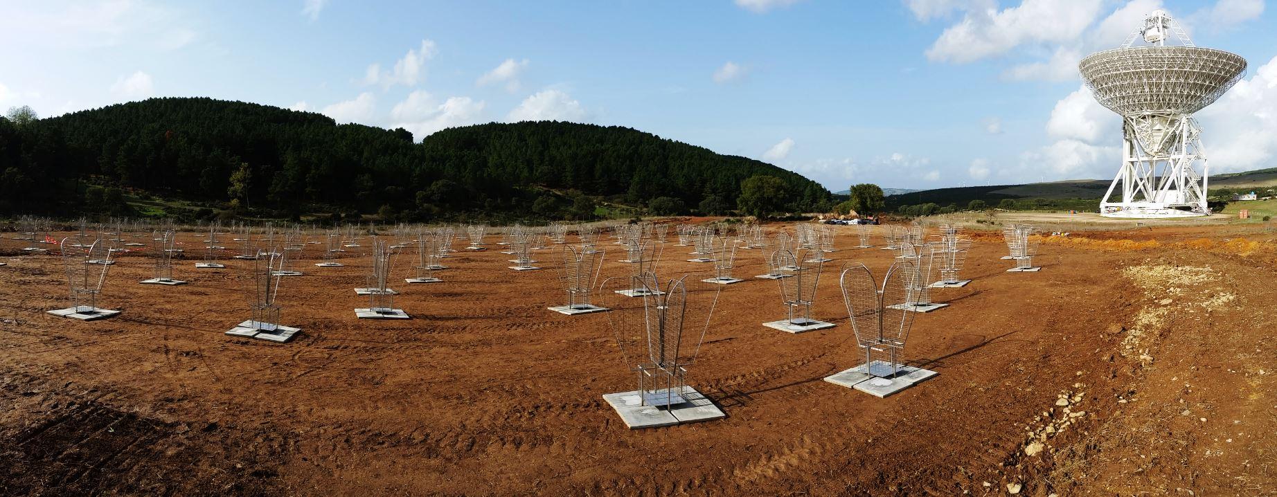 Le 128 antenne Vivaldi di Sad, il Sardinia Aperture-array Demonstrator, installate nei giorni scorsi presso il sito di Srt