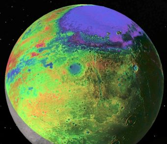 Veduta di Plutone con la topografia codice colore come misurato da New Horizons della NASA. Sputnik Planitia profondo bacino di forma ellittica, molto probabilmente il sito di un antico impatto su Plutone. Nuovi dati Horizons implicano che in profondità sotto questo bacino di azoto-riempito di ghiaccio ci sia un oceano denso di acqua salata e ricca di ammoniaca. (Photo: P.M. Schenk LPI / JHUAPL / SwRI / NASA)