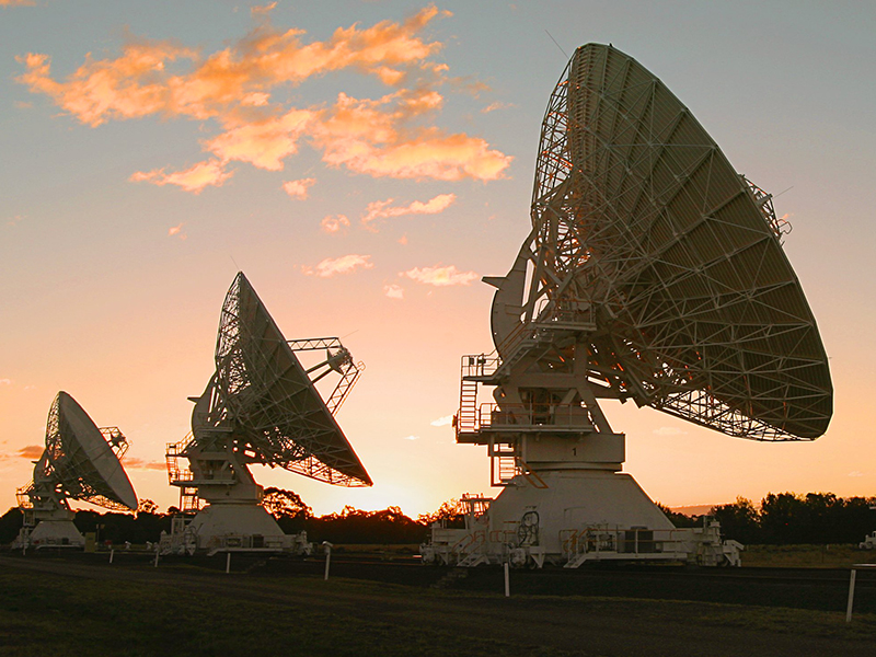 Australian-Telescope-Compact-Array,-part-of-the-Australian-_Long-Baseline-Array-(LBA)