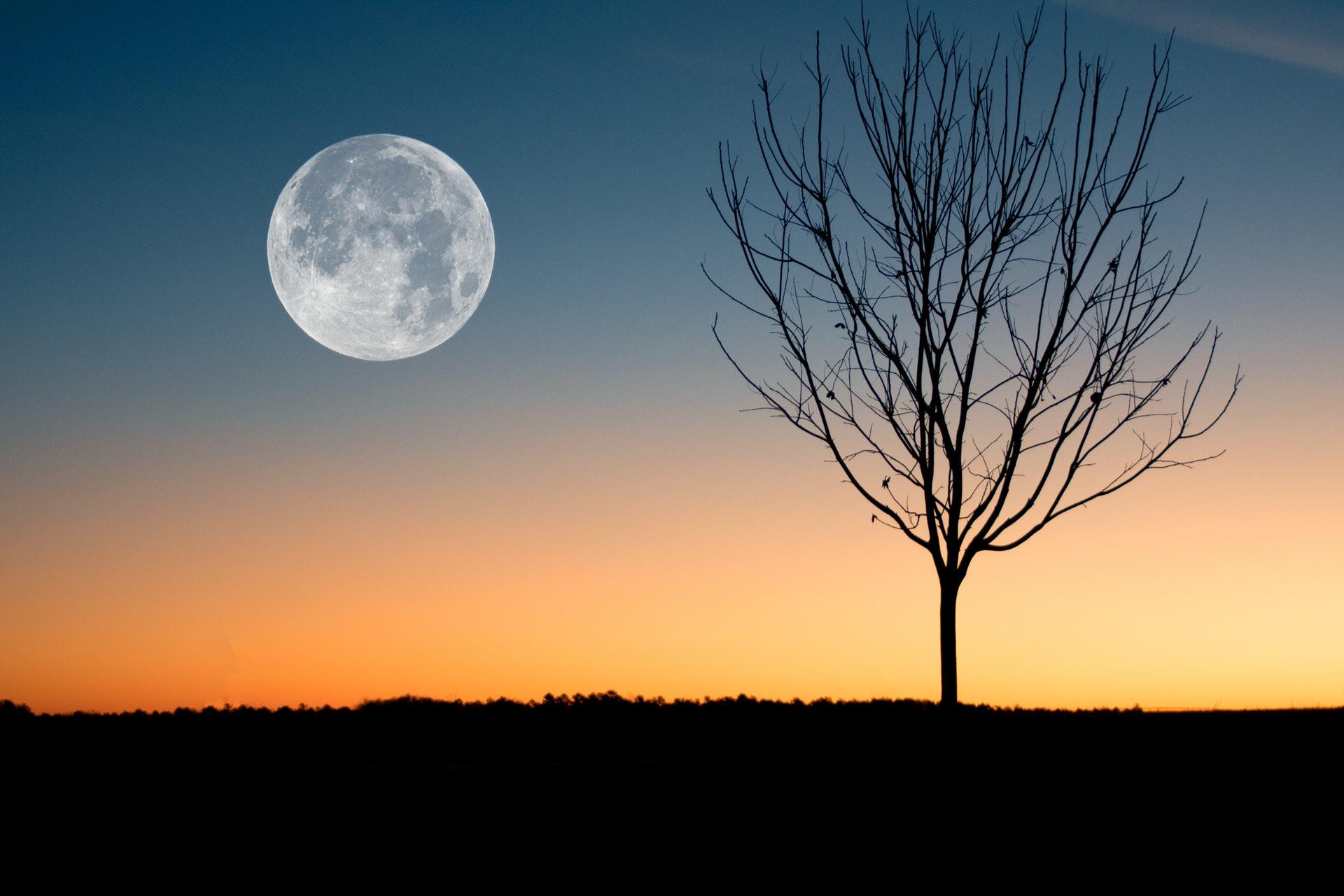 Aspettando Pasqua tra equinozio e superluna