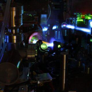 Quasar per sincronizzare gli orologi atomici
